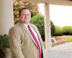 Dwayne Gard, M.D., D.C., was familiar with Savannah before he moved there—it's where his in-laws are from.