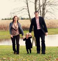Scott Lindsay, D.O., makes a point to balance work and life with his wife, Heidi, and daughter, Alexa.